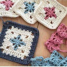 Special Granny square - triple crochet granny square - different granny square - Tamil - DIY crochet. link for Granny square: . Like my faceook page: . visit My etsy shop: . Knitting PatternsKnitting For KidsCrochet ProjectsCrochet Scarf Crochet Blocks, Granny Square Crochet Pattern, Crochet Squares, Crochet Blanket Patterns, Crochet Motif, Crochet Cushions, Afghan Crochet, Crochet Pillow, Afghan Patterns