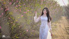 Áo Dài Việt Nam - Tôn vinh vẻ đẹp Việt!   Áo Dài Việt Nam - …   Flickr
