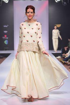 White dress with border detailing by Purvi Doshi - Shop at Aza Pakistani Dresses, Indian Dresses, Indian Outfits, Indian Designer Outfits, Designer Dresses, Stylish Dresses, Fashion Dresses, Hijab Fashion, Desi Wedding Dresses