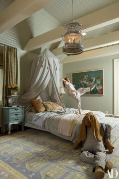 〚 Top model Lily Aldridge bright home in Nashville 〛 ◾ Photos ◾Ideas◾ Design Attic Bedroom Kids, Bright Homes, Daughters Room, Lily Aldridge, Architectural Digest, Beautiful Interiors, My Dream Home, Home Goods, Sweet Home