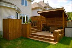 Two-story patio - Wood Decora la Maison Wood Deck Designs, Patio Images, Hot Tub Deck, Deck Stairs, Backyard Pergola, Gazebo, Decks And Porches, Building A Deck, Patio Ideas