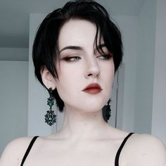 - All - model Aesthetic People, Aesthetic Girl, Short Grunge Hair, Female Face Drawing, Hair Reference, Mannequins, Woman Face, Makeup Inspiration, Character Inspiration