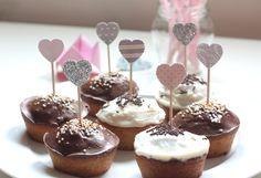 12 décorations pour gâteaux et cupcakes, forme coeur : Autres papeterie par latelierdesconfettis