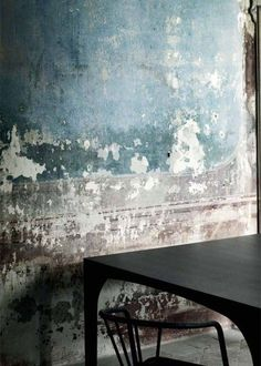 Wabi Sabi Home Inspiration - Nik-Nak Wabi Sabi, Interior Walls, Interior And Exterior, Textures Murales, Distressed Walls, Peeling Paint, Old Wall, Plaster Walls, Wall Finishes
