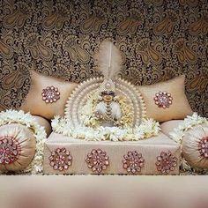 Laddu gopal Jai Shree Krishna, Cute Krishna, Radha Krishna Photo, Krishna Radha, Radhe Krishna Wallpapers, Lord Krishna Wallpapers, Lord Krishna Images, Radha Krishna Pictures, Janmashtami Decoration