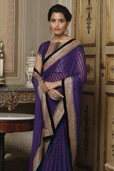 Purple Colour Designer Saree Comes With Net Fabric. Its an Party wear saree Comes With Matching Blouse Which Can Be Stitched Up to Size Indian Designer Sarees, Latest Designer Sarees, Indian Sarees, Laxmipati Sarees, Lehenga Saree, Sari, Purple Saree, Saree Styles, Party Wear Sarees