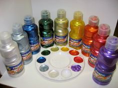 "Did you know you can make your own metallic watercolors on the cheap? I was at the ""Dollar Tree"" on Saturday and found metallic tempera paint by Prang… Alcohol Ink Crafts, Alcohol Ink Art, Paint Recycling, The Frugal Crafter, Homemade Alcohol, Make Your Own, Make It Yourself, Homemade Paint, Packaging"