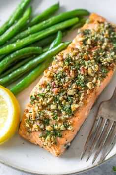 This easy, pecan crusted salmon recipe is simple to make, with just 5 healthy ingredients. It's dairy free, gluten free, Whole 30 and paleo friendly. #salmon #pecan Dairy Free Salmon Recipes, Healthy Salmon Recipes, Fish Recipes, Seafood Recipes, Seafood Meals, Fish Piccata Recipe, Pecan Crusted Salmon, Keto Grilled Cheese, Oven Baked Salmon