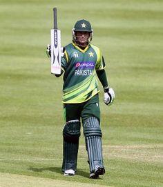 پاکستان آئرلینڈ کے ہاتھوں شکست سے بال بال بچ گیا