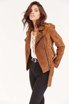 sarasampaios:     Sara Sampaio for Urban... A Fashion Tumblr full of Street Wear, Models, Trends & the lates