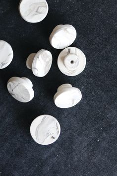Make Your Own Faux Marble Drawer Knobs