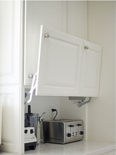 You will love all the Creative Hidden Kitchen Storage Solutions in this remodel!… You will love all the Creative Hidden Kitchen Storage Solutions in this remodel! Kitchen Storage Solutions, Diy Kitchen Storage, Home Decor Kitchen, Interior Design Kitchen, Kitchen Furniture, Kitchen Organization, Smart Storage, Hidden Storage, Organized Kitchen