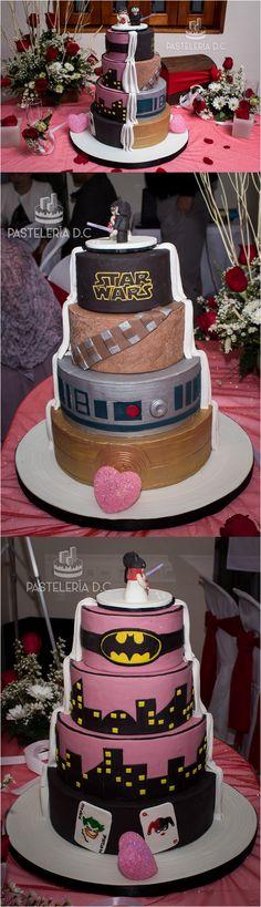 Torta de matrimonio mitad Batman mitad Star Wars. Cubierta de una mezcla de fondant con chocolate para modelar / Half and half wedding cake. The two themes were Batman and Star Wars.
