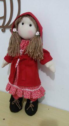ÓTIMA OPÇÃO PARA PRESENTEAR SI MESMA.  (gente grande também gosta de boneca)   Criação e Arte: By Aurea Pfiffer Sherif   Um produto 100 % artesanal feito para você!!