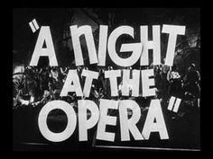 night-at-the-opera-trailer-title-still-01-small.jpg (320×240)