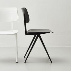Galvanitas S16 stoel, zwart, Nederlands industrieel design