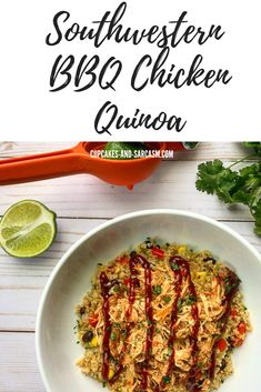 Southwestern BBQ Chicken Quinoa - Cupcakes and Sarcasm Skinny Lunch, Skinny Meals, Skinny Recipes, Lime Quinoa, Quinoa Bowl, Quinoa Cupcakes, Lunch Recipes, Healthy Recipes, Shredded Bbq Chicken