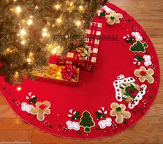 "Bucilla Gingerbread House ~ 43"" Felt Christmas Tree Skirt Kit #85133, Cookies #Bucilla"