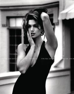 Here for all the vintage Cindy Crawford Foto Fashion, 90s Fashion, Trendy Fashion, Fashion Beauty, High Fashion, Cindy Crawford, Ellen Von Unwerth, Claudia Schiffer, Naomi Campbell