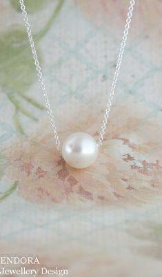Floating pearl necklace | minimalist | single pearl necklace | silver pearl necklace | pearl necklace | bridal necklace | www.endorajewellery.etsy.com