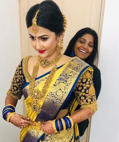 Unseen candid shots of our beautiful bride ❤️😋 love the getting-ready part. Wedding Saree Blouse Designs, Pattu Saree Blouse Designs, Blouse Designs Silk, Saree Blouse Patterns, Designer Sarees Wedding, Indian Bridal Sarees, Wedding Silk Saree, Indian Bridal Fashion, South Indian Sarees