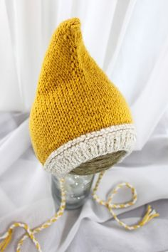 Pixie Hat Wee Little Pixie Hood Sunshine von WeeLittleRobin Pixie, Knitted Hats, Crochet Hats, Warm And Cozy, Computers, Girl Outfits, Beanie, Ship, Couture