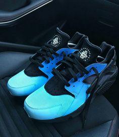 Like what you see⁉ Follow me on Pinterest ✨: @joyceejoseph ~ Blue & Black Huaraches #Nike