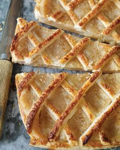 Trottoir à l Banana Bread Recipes, Pie Recipes, Fall Recipes, Dessert Recipes, Cooking Recipes, Recipies, Vegan Recipes, French Desserts, Easy Desserts