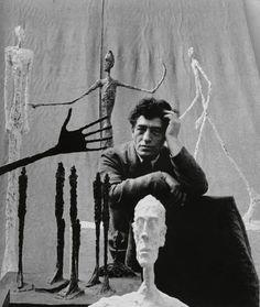 Mit Giacometti – Die Spielfelder in der Hamburger Kunsthalle und Alberto Giacometti – Begegnungen im Bucerius Kunst Forum ist der Schweizer Bildhauer und Maler gleichzeitig in zwei sich ergänzenden Ausstellungen in Hamburg vertreten