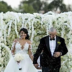 Nicky Jam @nickyjampr: Aquí la última mi gente mil bendiciones los amo Hollywood, Instagram And Snapchat, Wedding Hairstyles, Photo And Video, Wedding Dresses, Celebrities, Pictures, Image, Decor Ideas