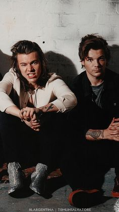 One Direction Lockscreen, One Direction Pictures, Larry Stylinson, My Big Love, First Love, Harry Styles Memes, 1d Imagines, Louis And Harry, Louis Williams