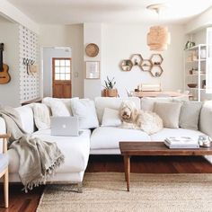 10 Generous ideas: Natural Home Decor Ideas Free People natural home decor living room inspiration.All Natural Home Decor Coffee Tables natural home decor house.Natural Home Decor Diy Simple. Home Living Room, Living Room Designs, Living Spaces, White Couch Living Room, Living Room Neutral, Natural Living Rooms, Living Room Wall Shelves, Cream And White Living Room, Cream Living Room Decor