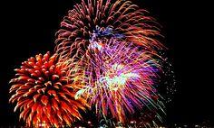 Firewoks-Display.bmp (576×349) Canada Day Fireworks, Dandelion, Display, Flowers, Plants, Floor Space, Billboard, Dandelions, Florals