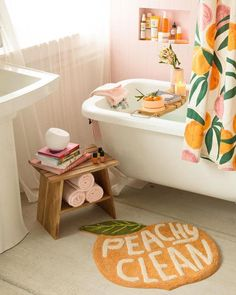 Bathroom Decor pink Urbanoutfitters peachy bathroom scene with pink and peach colours- Warm up your home with pink wall colour Interior Tropical, Peach Bathroom, Orange Bathroom Decor, Lavender Bathroom, Tropical Bathroom, White Bathroom, Pink Walls, Peach Walls, Bathroom Inspiration
