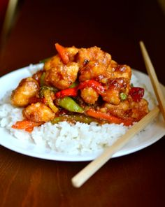 Sweet and Sour Chicken. This Sweet and Sour Chicken is quick easy healthy and yummy! And since there's no deep-frying there's no mess either! My Recipes, Asian Recipes, Chicken Recipes, Cooking Recipes, Healthy Recipes, Chinese Recipes, Free Recipes, Dinner Recipes, Favorite Recipes