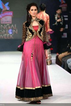 A model walks the ramp for designer Jaya Misra during Bengal Fashion Week. #Style #Fashion #Beauty Ik- ♥ the jacket only