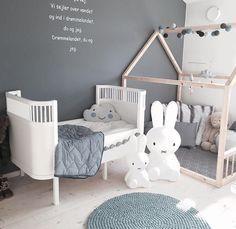 Kids rooms decor | Nursery decor | www.ivycabin.com