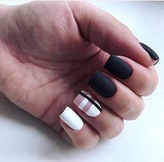 Long Nails Design Ideas You Should Try Today The most memorable and attractive ones will be the stylish long nail design. Drawing and painting on the long nails. And you can turn any design you like into reality. Romantic patterns, beautiful l. Long Nail Art, Black Nail Art, Trendy Nail Art, Long Nails, Matte Black, Black Nails, Black White, Black Art, Long Nail Designs