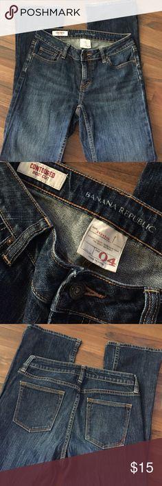 Banana republic boot cut Jean Excellent condition mid high 32 inch inseam Banana Republic Jeans Boot Cut