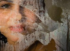 Photorealistic Paintings: Gazing Through a Steamy Shower - My Modern Met Brooklyn-based painter Alyssa Monks simulates a distorted view of people as seen through a steamy glass pane, condensed with water droplets.