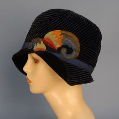 hat - felt with colored felt feathers - 1920's cloche
