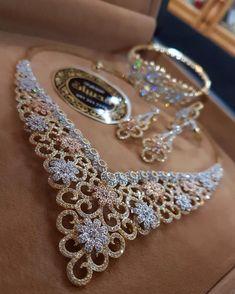 - Buy Me Diamond Jewelry Sets, Jewelry Accessories, Fine Jewelry, Jewelry Necklaces, Jewelry Design, Jewellery, Indian Wedding Jewelry, Indian Jewelry, Bridal Jewelry