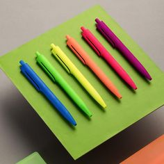 latongroup. In a variety of warm and cheerful colors; Laton pens will brighten up your desktop or bag. The easy flow blue ink plus the light weight (9.3gr) as well as a fine tip will guarantee a most pleasant writing experience. #laton#pen#stationery#lifestyle#premium#design#Emopenneon#pushpen