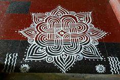 Padi Kolam, Indian Rangoli, Radha Krishna Wallpaper, Kolam Designs, Blouses, Cards, Blouse, Maps, Woman Shirt