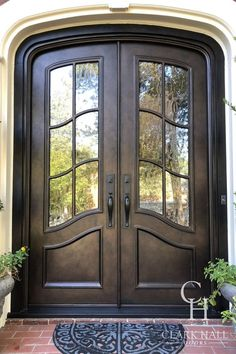 Peruse our project gallery to see what traditional home doors we've created for our clients.