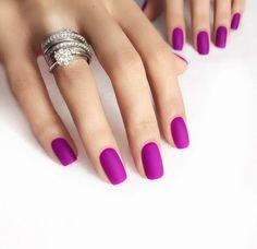 #uñas en color #bugambilia #moda