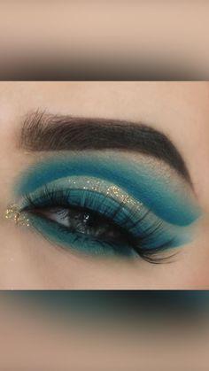 Teal Eye Makeup, Smoke Eye Makeup, Gold Makeup Looks, Asian Eye Makeup, Green Makeup, Eyeshadow Makeup, Makeup Art, Makeup Geek, Makeup Tips