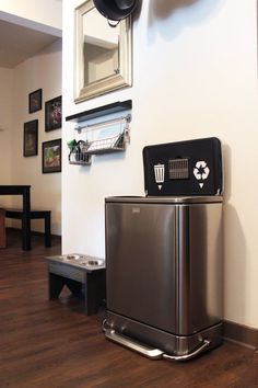 Trash & Recyling Stickers for Inside Your Garbage Can | Apartment Therapy