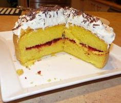 Recipe Thermomix Sponge Cake (updated) by The Bush Gourmand, learn to make this recipe easily in your kitchen machine and discover other Thermomix recipes in Baking - sweet. My Recipes, Sweet Recipes, Cake Recipes, Cooking Recipes, Bellini Recipe, Baking Secrets, Healthy Bars, Thermomix Desserts, Sweets Cake