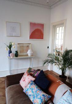 2 nye klassikere i mit hjem, Warm Nordic - Trine Kjær 2 neue Klassiker in meinem Zuhause, Warm Nordic Home Design, Home Interior Design, Room Interior, Design Design, Interior Decorating, Decorating Ideas, Retro Home Decor, Cheap Home Decor, Modern Decor